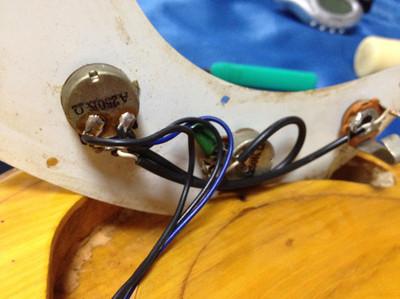 YAMAHA Pulser Bass PB400の純正ポット