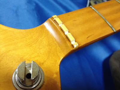 貼りメイプル仕様のYAMAHA Pulser Bass PB400