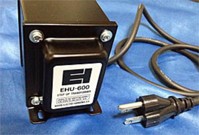 100vを120vに昇圧するステップアップ・トランスEHU-600