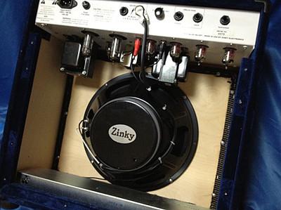 エミネンス製12インチスピーカー搭載のZinky Blue Velvet