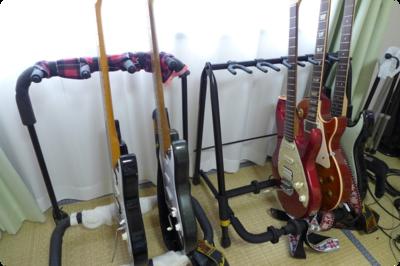 KIKUTANIのギタースタンドとの比較