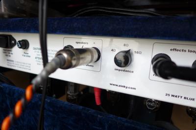 小型アンプをZinkyのスピーカーで鳴らす
