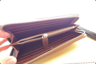 レッドウィングの長財布