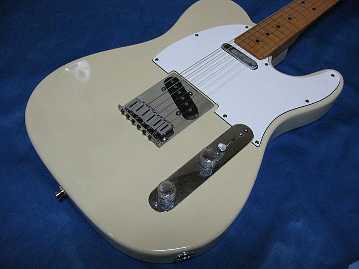 FenderのAmerican StandardのTelecasterが6wayサドルでした
