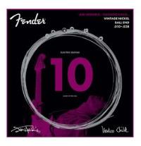 ジミ・ヘンドリックスになりきるための弦がフェンダーから